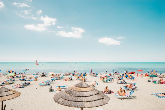 LIFE IS A BEACH A